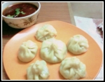 Momos with Schezwan Sauce