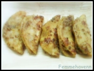 Corn starch coated Lentils stuffed dumplings