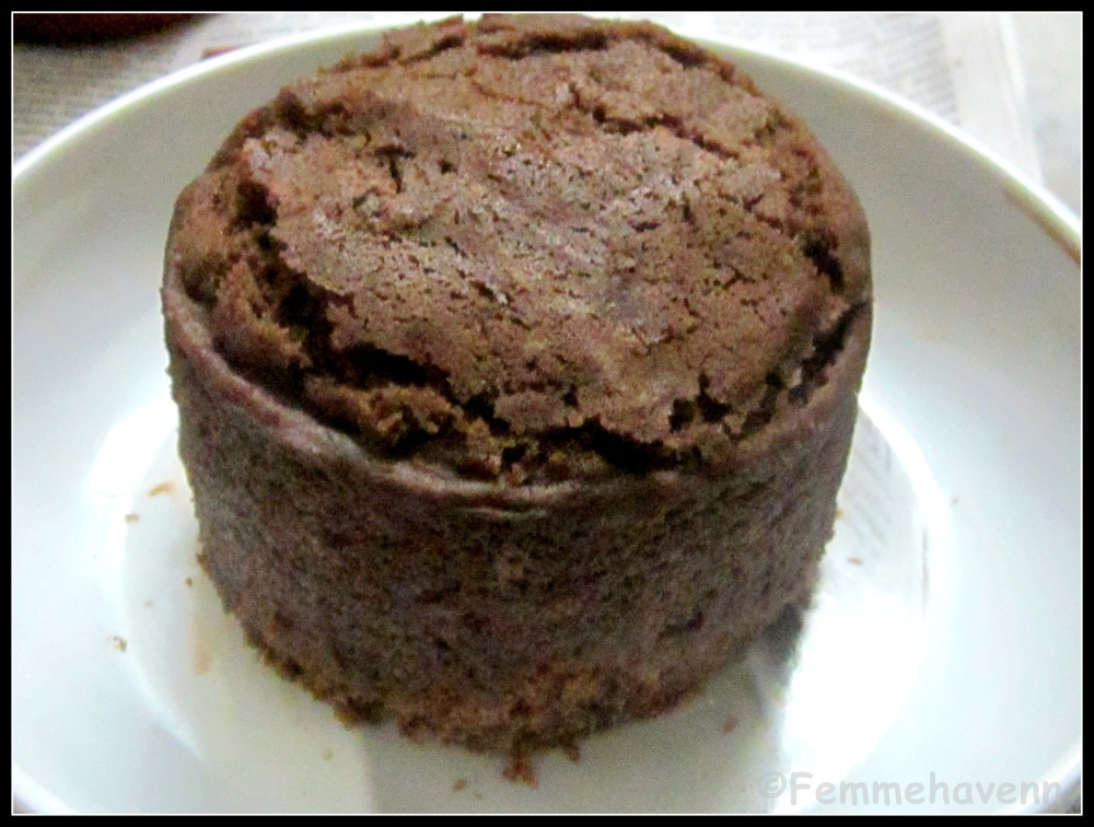Steamed Mini Chocolate Cake (no-bake)