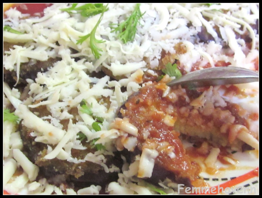 Femmehavenn: Crunchy Eggplants on Pasta sauce topped with two cheeses (eggplant Parmigiana)