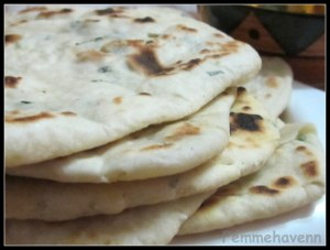 Mint-Garlic Butter Naan/Nan (on Pan/Tawa, without Tandoor & Microwave-Oven)