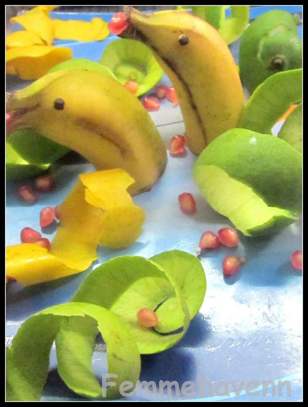 Yellow Dolphins/Banana Dolphins