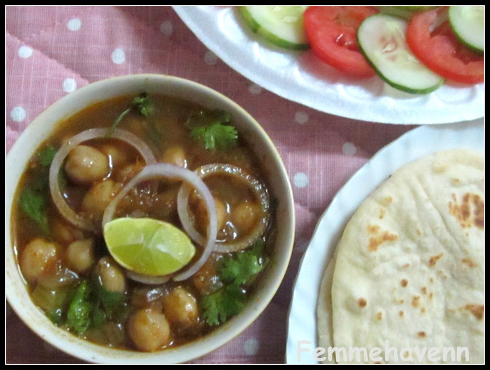 Amritsari Chole/Chholey with Pan Naan