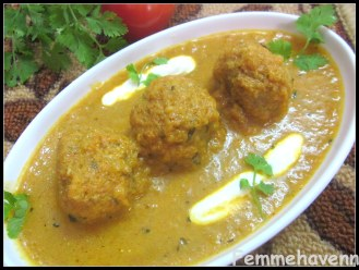 Soya Kofta Curry