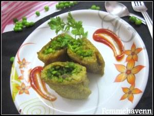 Stuffed Plantain Rolls (Stuffed Raw/Unripe Banana Rolls/Kacche Kele ke Rolls) or Plantain Rolls stuffed with peas