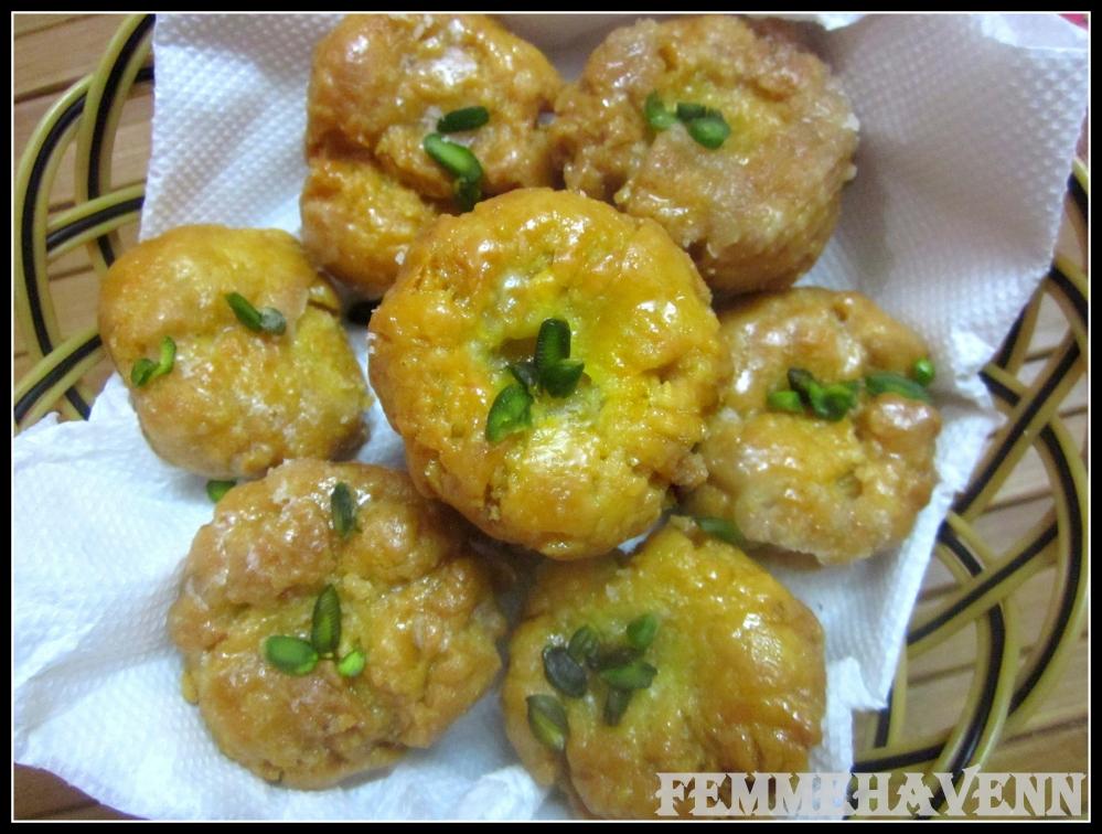 Balushahi (Sugar glazed Indian Donuts)